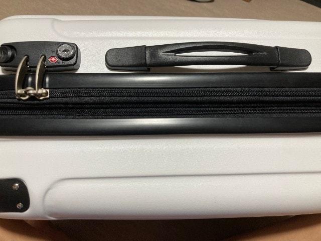 スーツケース③